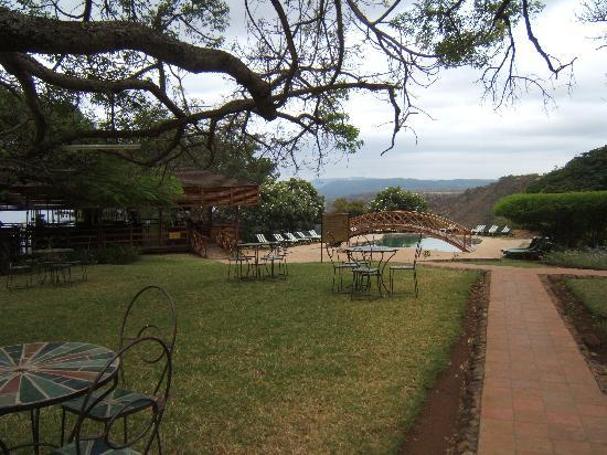 Lake Manyara Wildlife Lodge: Looking towards the pool area