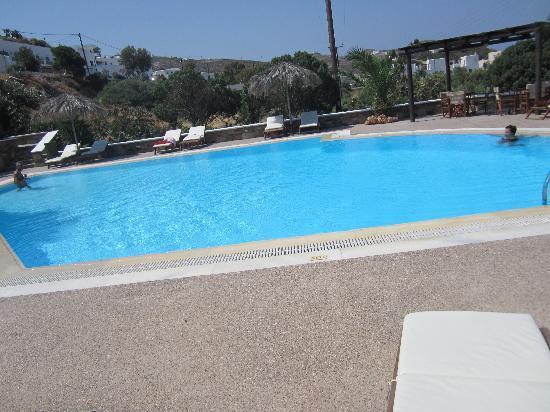 Olga's Hotel: cool pool