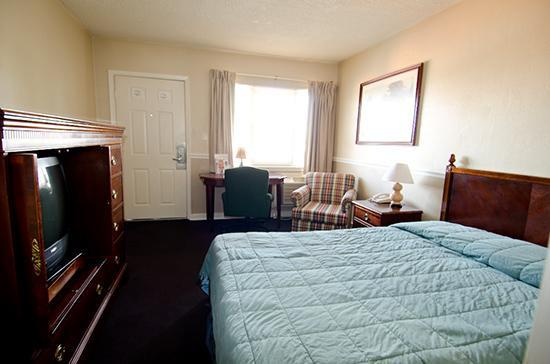 Alpine Inn: Single Room