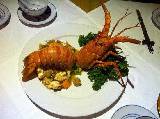 Mandarine Restaurant Saigon: Lobster dish from the set menu.