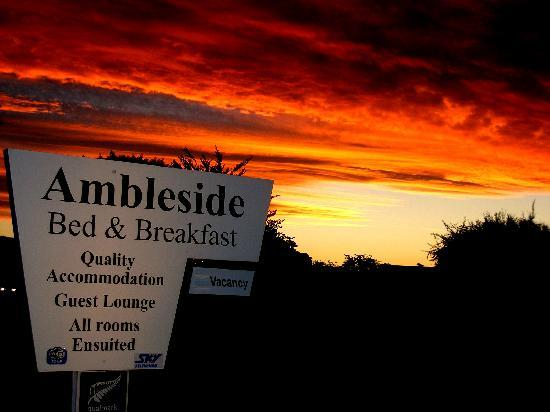 Ambleside Bed & Breakfast: Sunset at Ambleside