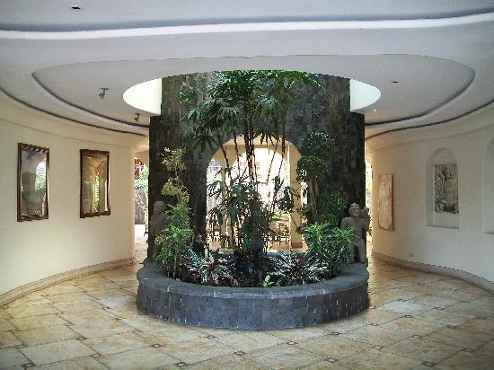 Hotel Beacon Escazu: Lobby Area