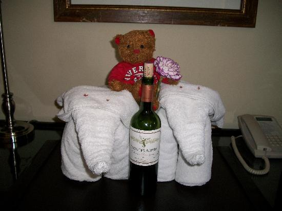 Hotel Beacon Escazu:  Teddy getting rides while were out to dinner