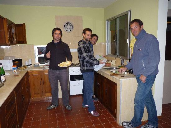 Hostel Oriental: ensaladas para el asado