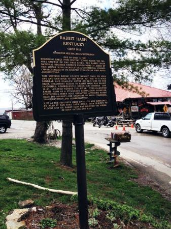 Rabbit Hash General Store: Historical Marker.