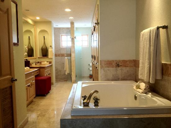 gorgeous bathrooms - picture of villa la estancia, cabo san lucas