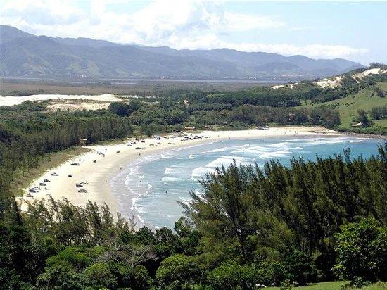 Ouvidor Beach: Ouvidor vista pela trilha da Praia Vermelha
