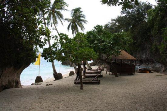 Padre Burgos Castle Resort: Private Beach
