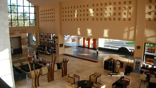 Occidental Nuevo Vallarta: The lobby