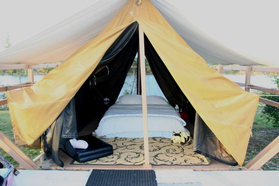 Deerfield Beach, Floride : The tent
