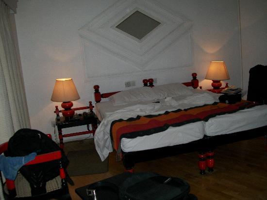Hotel Hilltop : Room
