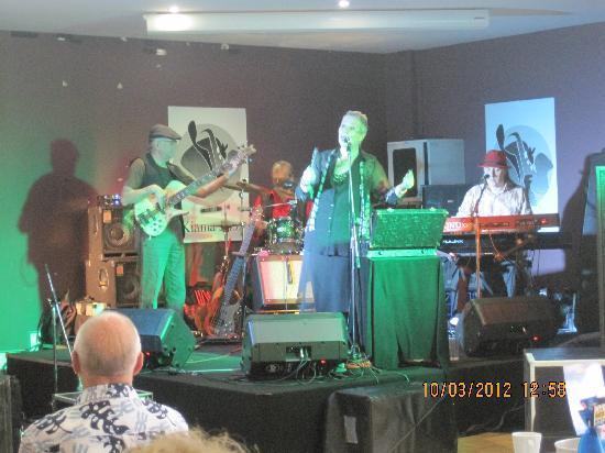 Terralong Terrace Apartments: Dorothy-Jane Gosper quartet, Kiama Jazz & Blues Festival