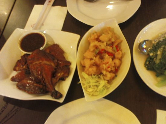 Ta Wan Restaurant : nice food, ok portions