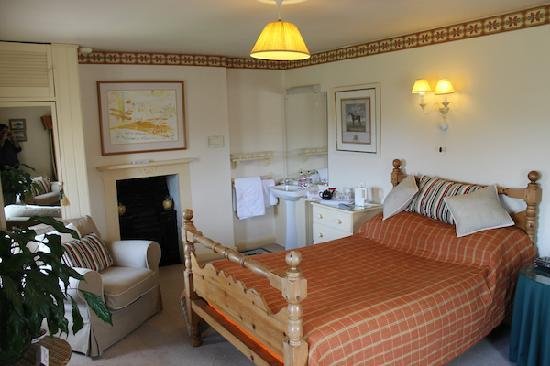 Corston Fields Farm: The Pine Room bedroom. A double en-suite room.