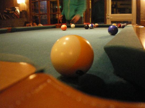 Hakuba House: Game of pool anyone?