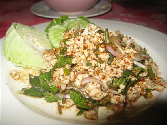 WAI thai: Chicken Larb
