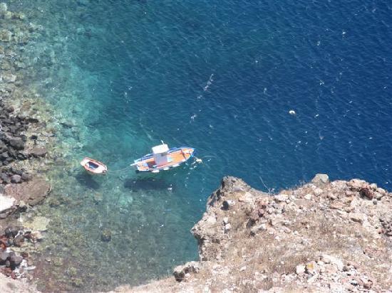 Santorini Camping: Ocean