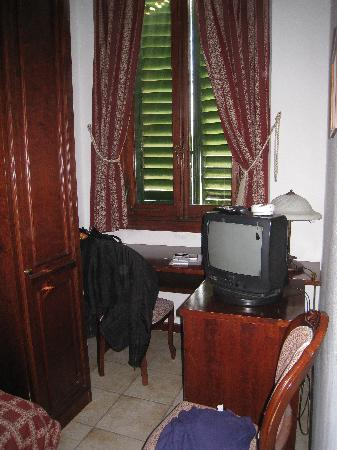 Hotel Cavaliere: finestra