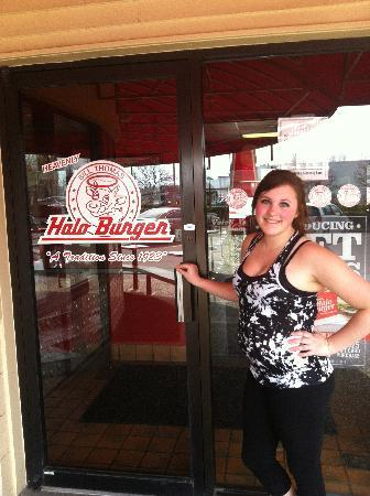 Bill Thomas' Halo Burger Incorporated: A new fast food place - yay!
