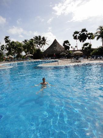 Hesperia Playa El Agua: Pileta principal del hotel