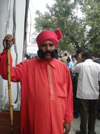 Tourist Drivers India: Delhi