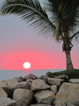 Sunscape Puerto Vallarta Resort & Spa: Sunset from the beach.Yes, I took this!