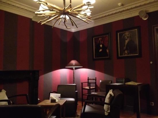 New salon picture of le beau sejour nassogne tripadvisor - Les beaux salons sejours ...