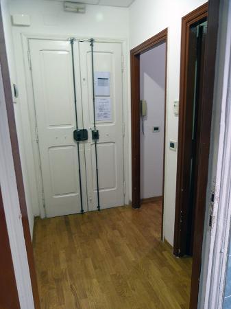 Trianon Borgo Pio Residence: Distribuidor apartamento A9