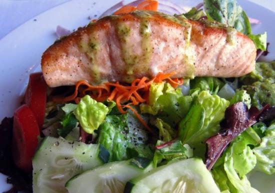 Quynn's Attic: Salmon avocado salad
