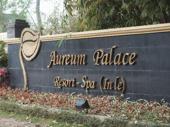 Aureum Palace Resort & Spa Inle : Entrance
