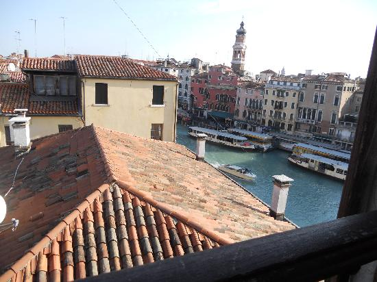 Locanda Ovidius: vista su Rialto dalla mansarda