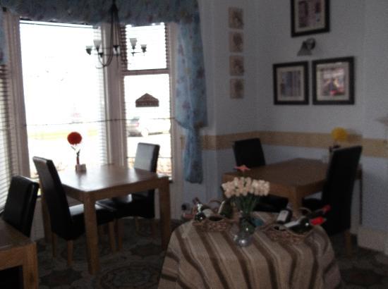 Carmel Hotel: Dining Room