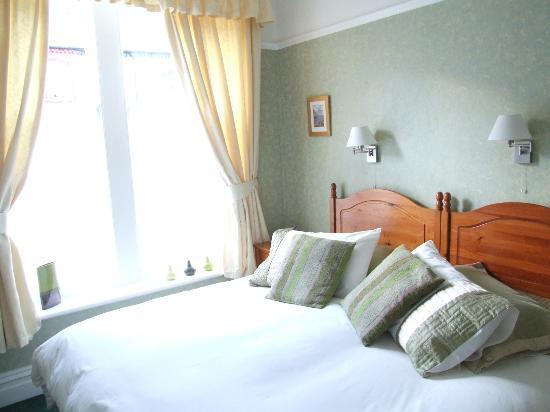 Sandon Guest House : Room 2 Kingsize/twin
