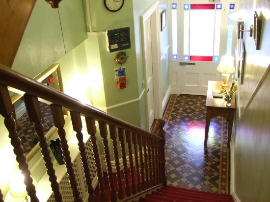 Sandon Guest House: Entrance hall