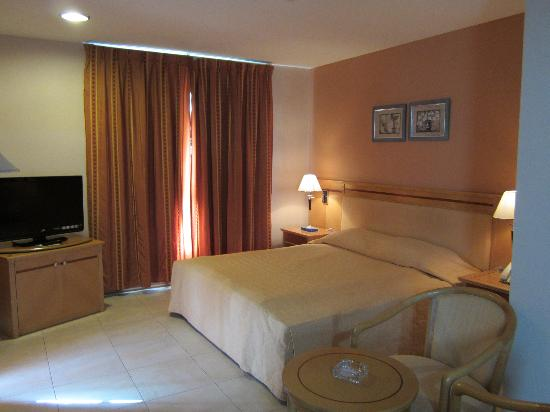 My Hotel: Room 304