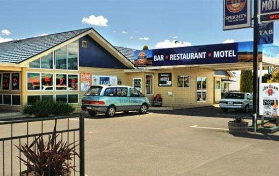 Woodbourne Tavern & Restaurant : Best pub in town!
