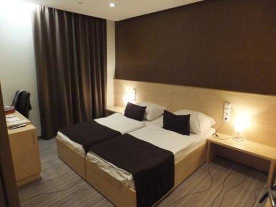 Promenade City Hotel: Room 601