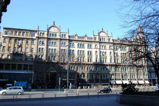 Alessandro's walking tours - Budapest