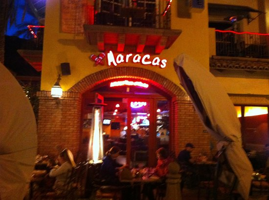 Maracas: Front entrance
