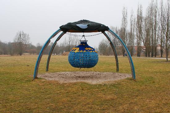 Piratenspielplatz am LGA Gelande: Piratenspielplatz Amberg
