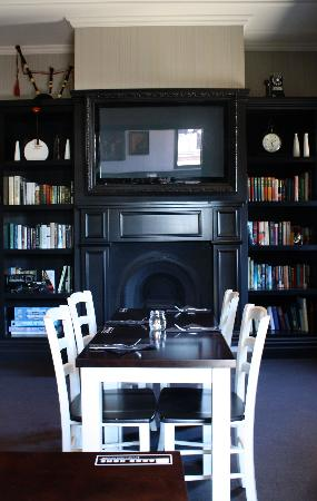 The Good Home: Check out our dinning room
