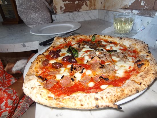 Photo of Italian Restaurant Settebello Pizzeria Napoletana at 140 S Green Valley Pkwy # 172, Henderson, NV 89012, United States