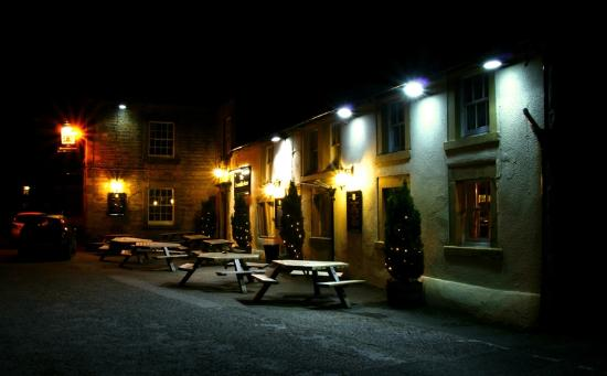 Devonshire Arms: Outside