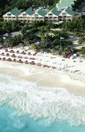 Blue Bay Beach Hotel: AERIAL VIEW