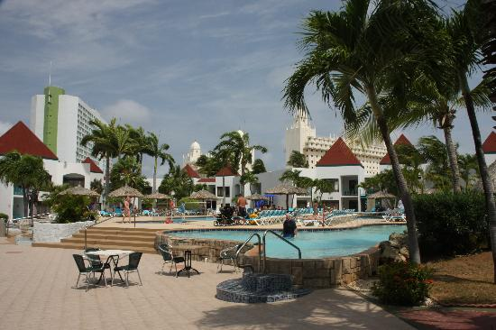 The Mill Resort & Suites Aruba: piscina
