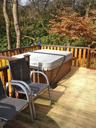 Darwin Forest Country Park: Hot tub on the decking