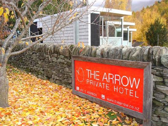The Arrow Private Hotel: Arriving at The Arrow in Autumn