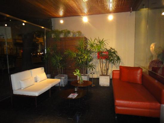 Didi Soho Hotel: Entrance area