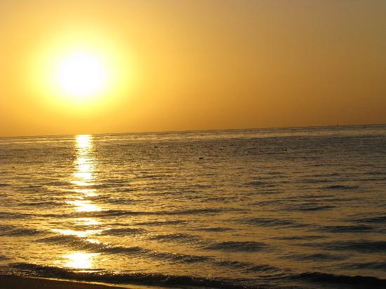 Royal Decameron Beach Resort, Golf & Casino : Levée du soleil