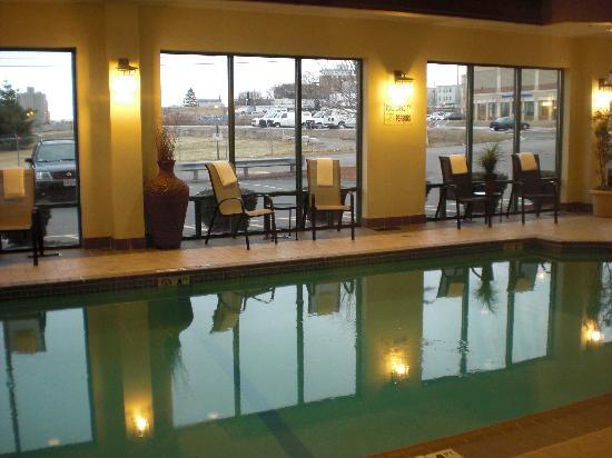 king bed picture of comfort inn suites boston logan rh tripadvisor com